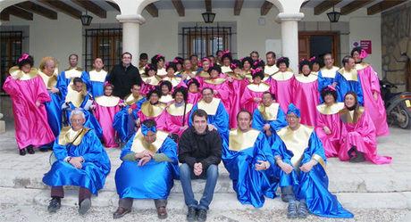El Centro Ocupacional de Mota celebra su particular fiesta de carnaval