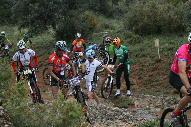 Villaescusa de Haro acogió este fin de semana la 4 prueba del Circuito MTB Diputación Provincial