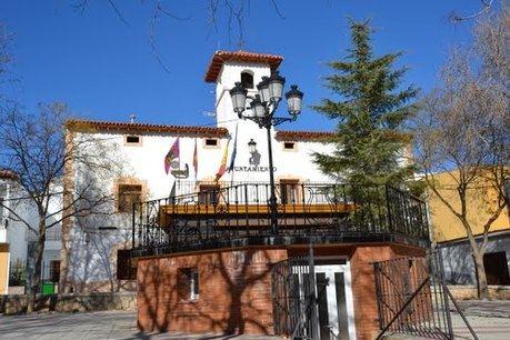 """El alcalde de Villarejo de Fuentes denuncia la """"campaña difamatoria y de descrédito"""" del PP"""