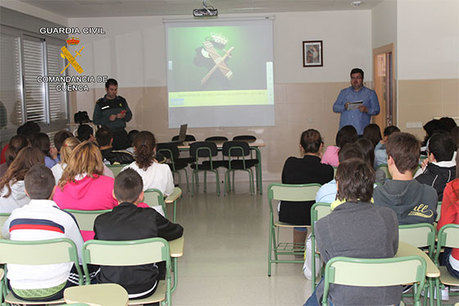 La Guardia Civil  hace balance de las charlas impartidas en centros escolares de la provincia