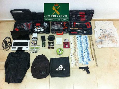 La Guardia Civil de Minglanilla detiene a dos personas por dos robos en la provincia de Albacete