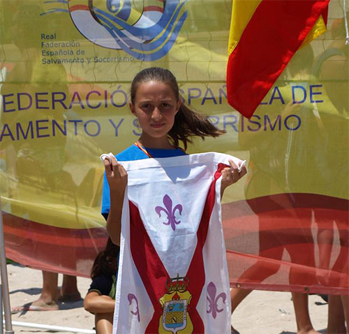 """Carmen Berlanga encargada de lanzar el tradicional """"cobete"""" que inaugura las fiestas patronales de Tarancón"""