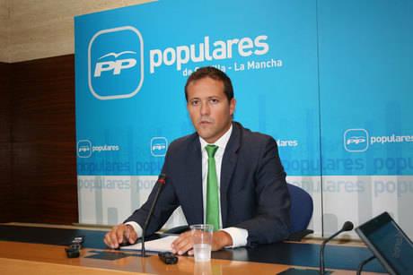 """Velázquez denuncia que la sanidad pública de la región """"nunca ha estado peor"""" por culpa de un Gobierno """"irresponsable"""" que juega con la salud de los castellano-manchegos"""