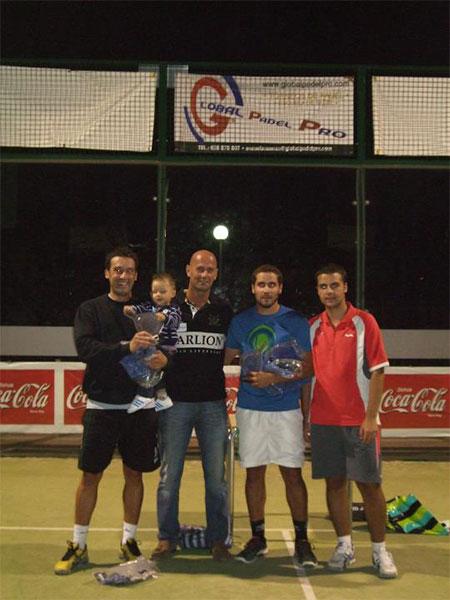 Willy Bermejoy Charly Ladrón ganadores del torneo de Pádel de Villar de Olalla