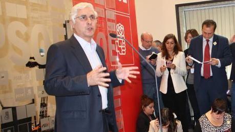 Barreda plantea una 'revisión ideológica' del PSOE que no se limite a primarias