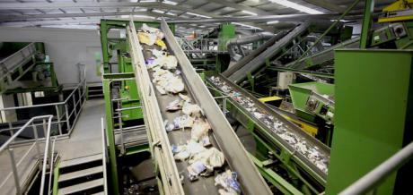 El Grupo Griñó defiende las garantías ambientales de su planta de Almonacid