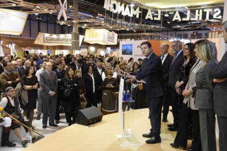 FITUR 2018 | García-Page anuncia un crecimiento anual del presupuesto para turismo para la próxima década y las primeras tres hospederías de la Red Regional
