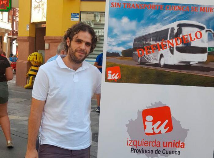 IU Cuenca comienza su campaña por el mantenimiento de las línes de autobús de la provincia y todas sus paradas.
