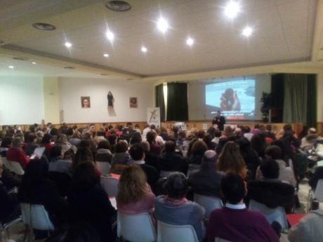 """La plataforma ciudadana """"Libres para Educar"""" comienza su andadura en Cuenca"""