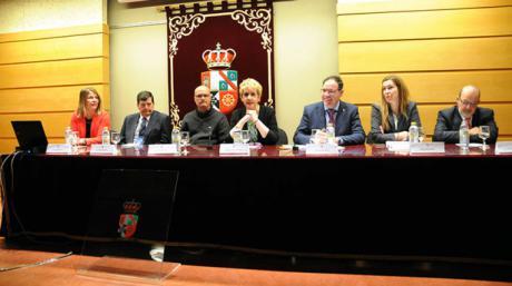 La distribución de partidos políticos en las Cortes centra las XXII Jornadas sobre el Sistema Autonómico de Castilla-La Mancha