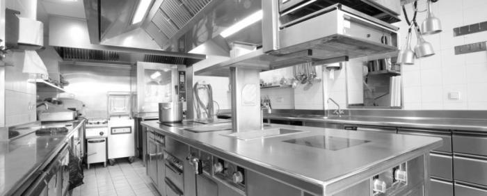 ¿Por qué toda cocina profesional debería contar con mesas refrigeradas?