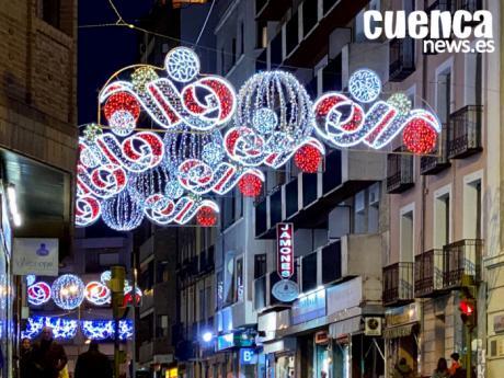 La Navidad llega a Cuenca con el encendido de las luces