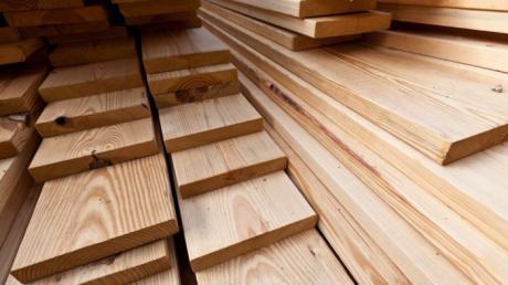 La Asociación de Empresas de la Madera señala a sus asociados la posibilidad de asesoramiento y formación del proyecto 'emplea madera'