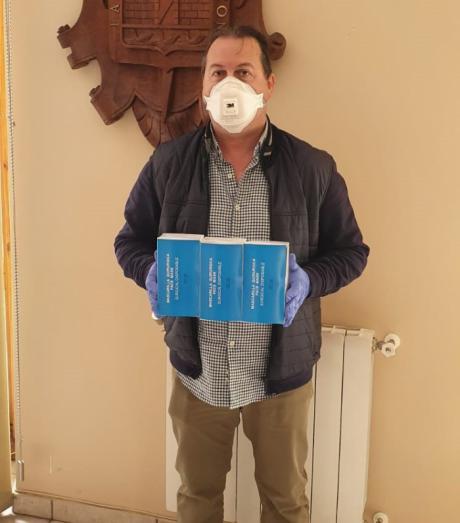 Los trabajadores de la Piscina de Tarancón adquieren a título personal material sanitario que entregan al consistorio