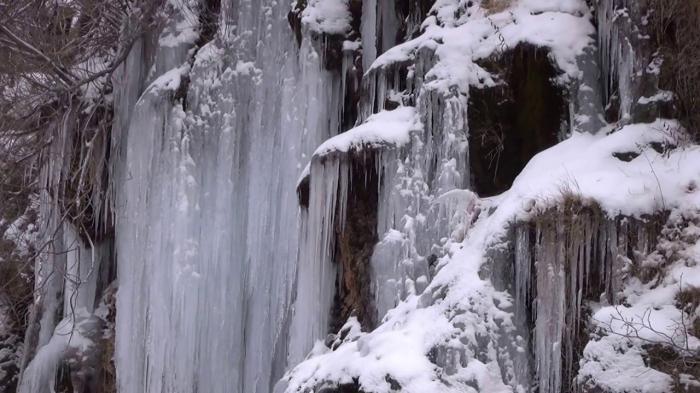 Se congela parte del nacimiento del río Cuervo