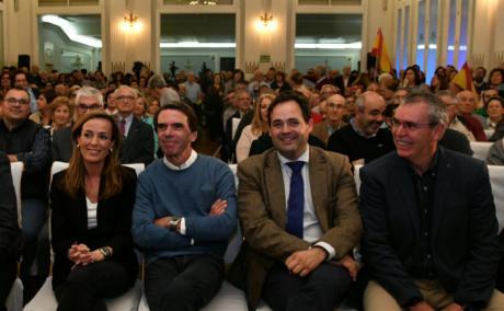 Núñez apela a la necesidad de aunar el voto en torno al PP porque es el único partido que garantiza un horizonte de oportunidades para España y la protección de lo que nos importa