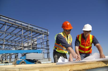 APYMEC señala la construcción de edificación tira del sector por la caída de la obra civil