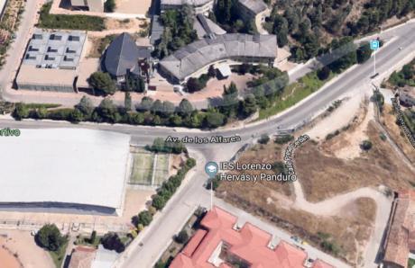 Se construirá una glorieta y un parking con 300 plazas en la zona de los institutos