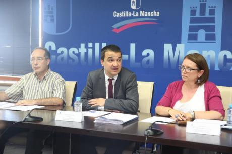 Castilla-La Mancha reparte 35 millones de euros de la agricultura ecológica, el pastoreo y la acoplada de la PAC de proteicos