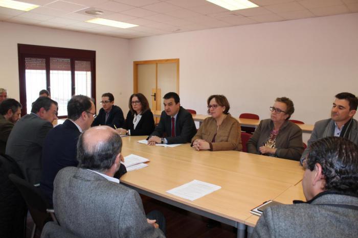 Avanza el Plan Estratégico del Sector Vitivinícola con la Asociación de Vinos de Castilla-La Mancha