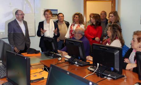 Más de 1.700 mayores de 55 años se han formado en nuevas tecnologías en 2017 a través del programa 'CapacitaTIC+55' del Gobierno de Castilla-La Mancha