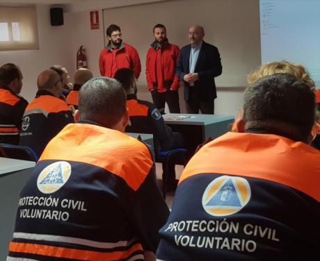 El Gobierno regional forma a unos 40 voluntarios de Protección Civil de agrupaciones conquenses y toledanas en extinción de incendios en vegetación