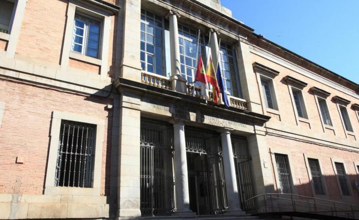Castilla-La Mancha encadena dos años consecutivos abonando las facturas a sus proveedores en la mitad de días que la media nacional