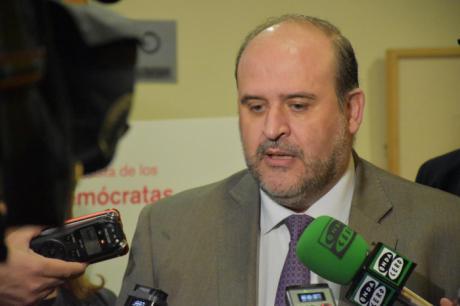 La Junta trabajará por la implantación 'lo antes posible' del grado de Turismo en Cuenca