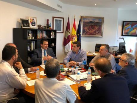 La Junta y las asociaciones ecologistas muestran su rechazo a la construcción del cementerio nuclear en Villar de Cañas