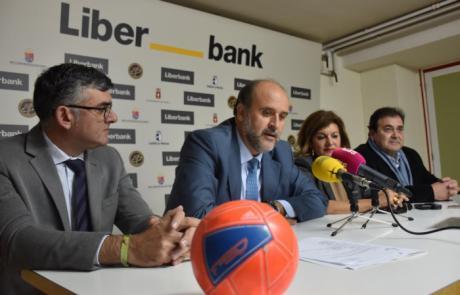 """Martínez Guijarro considera una oportunidad """"histórica"""" la participación del Balonmano Liberbank Cuenca en competición europea"""