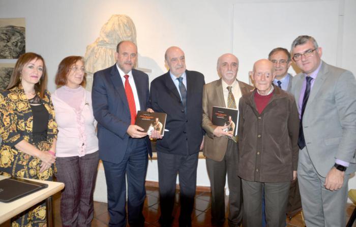 Presentado un libro sobre Pedro Mercedes para recordar al ceramista en el décimo aniversario de su fallecimiento