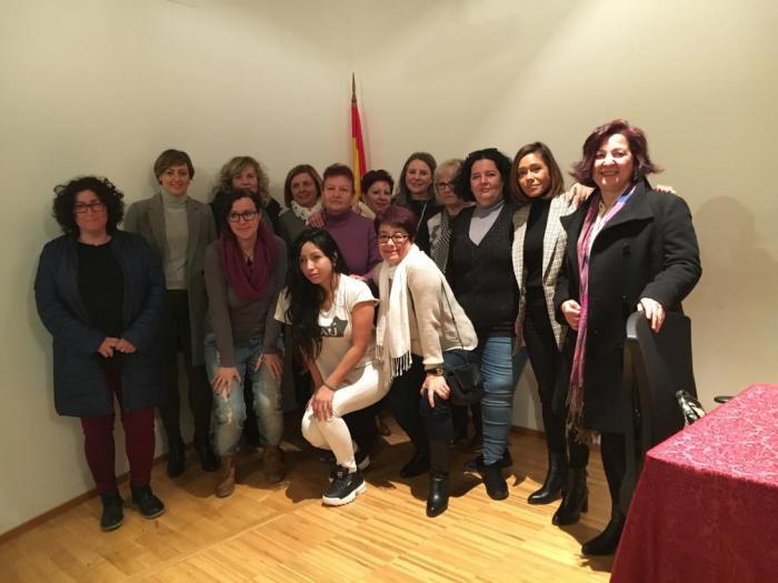 """La Junta valora las mejoras """"notables"""" de la red de Centros de la Mujer durante la legislatura"""