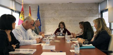 El Gobierno regional inicia la fase de información del Comité de Ética de los Servicios Sociales y de Atención a la Dependencia