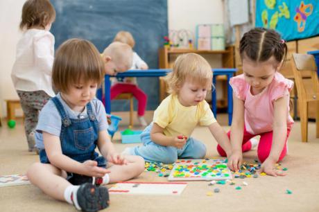 Entre el 12 de marzo y el 5 de abril podrán solicitarse plazas de nuevo ingreso en las 38 escuelas infantiles dependientes del Gobierno regional