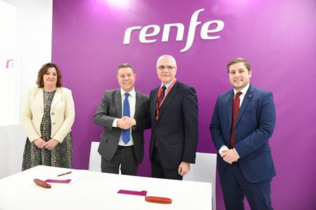 Junta y Renfe firman un acuerdo para implantar nuevos trenes turísticos en la región
