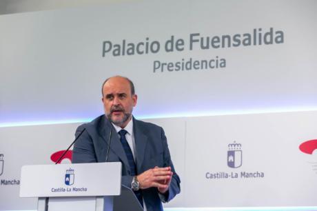 """Castilla-La Mancha considera """"injusto"""" el cambio de criterio en el reparto de los 16.000 millones de los fondos de compensación"""