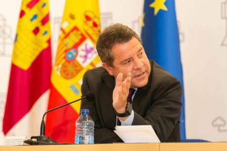 García-Page anuncia la adquisición de 57.000 dispositivos electrónicos para avanzar en la digitalización el sistema educativo