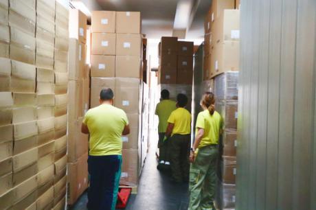 Sanidad ha distribuido más de 30 millones de artículos de protección para profesionales sanitarios desde el inicio de la pandemia