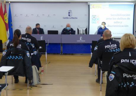 Policías locales de Castilla-La Mancha participan en una jornada formativa sobre los delitos e incidentes de odio y discriminación