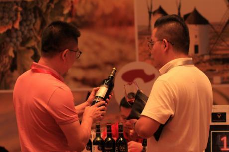 Castilla-La Mancha impulsa el gran encuentro Wine Live 2021 para promocionar los vinos de la región en cinco grandes mercados de manera simultánea