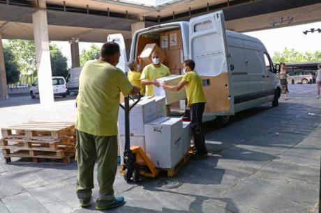 Sanidad ha distribuido esta semana más de 275.000 artículos de protección a los centros sanitarios