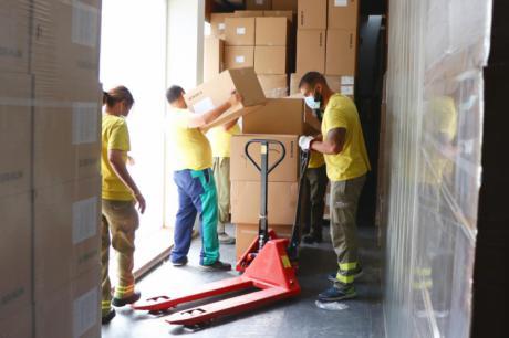 Sanidad ha repartido esta semana más de 203.000 artículos de protección en los centros sanitarios