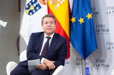 """García-Page apuesta por establecer un """"estándar básico"""" que determine el coste efectivo de la prestación de los servicios públicos"""