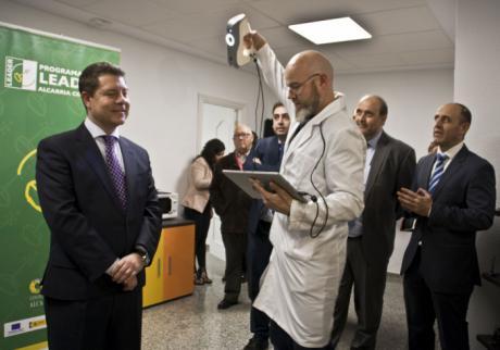El presidente de Castilla-La Mancha visita en Huete un proyecto LEADER: la empresa de digitalización e impresión 'Todo 3-D'