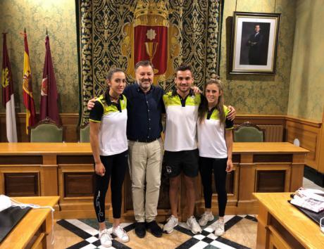 Dolz felicita a los tres palistas del Club de Piragüismo 'Cuenca con Carácter' por sus éxitos en el Mundial de Maratón