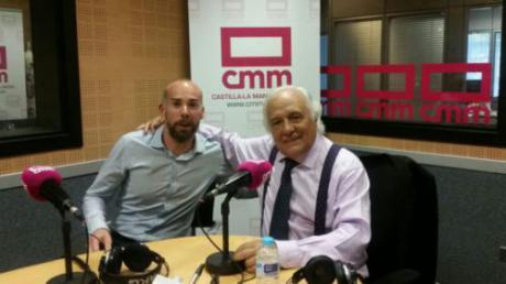 """Raúl del Pozo aconseja a los estudiantes en RCM: """"En periodismo nunca hay que dejar de ser becario"""""""
