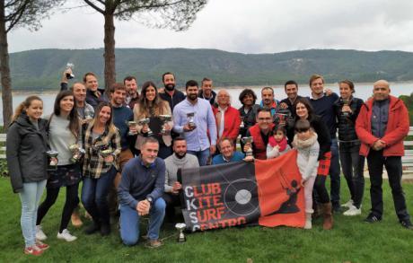 Numerosos deportistas del CSKC de Cuenca suben al pódium regional en Windsurf y Kitesurf