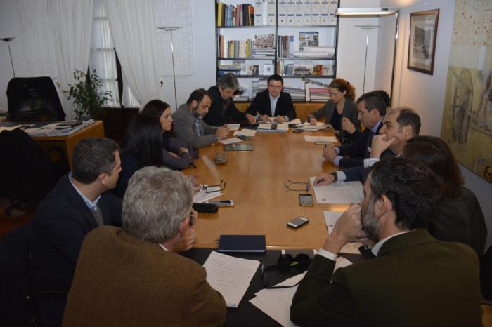 Los grupos políticos comparten el fin del laberinto jurídico del Plan de Ordenación Municipal de 2007 en la Comisión de Urbanismo
