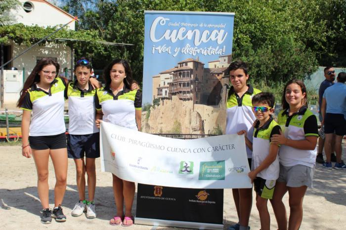 Las aguas de La Albufera acogieron la última competición del Club de Piragüismo Cuenca con Carácter