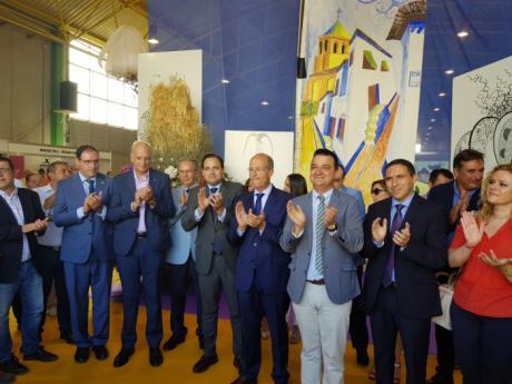 El presidente de Globalcaja destaca el apoyo de la entidad a Feria Internacional del Ajo